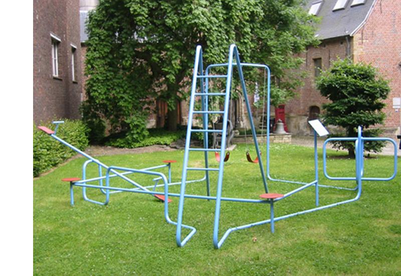 STRASCHNOW Playground 2