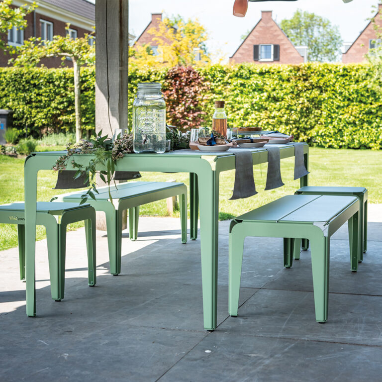 2-Welteree_Bended_Series_outdoor_dining_pale_green_180cm-768x768