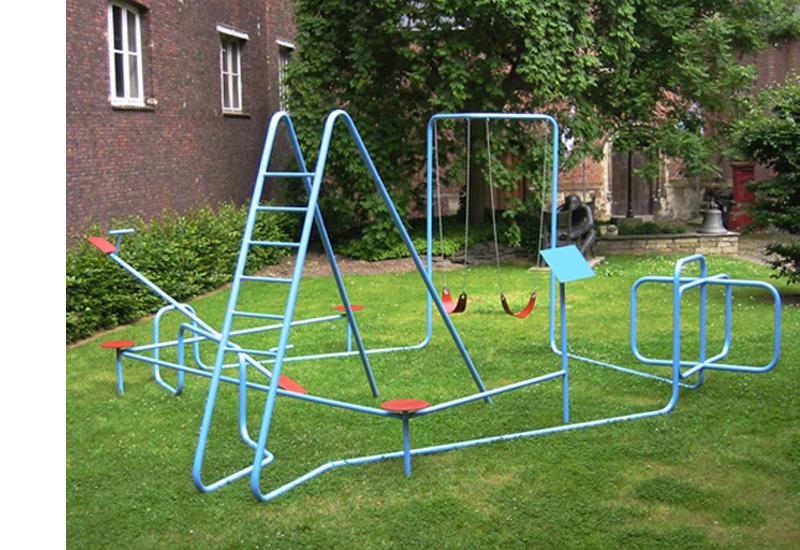 STRASCHNOW Playground 1