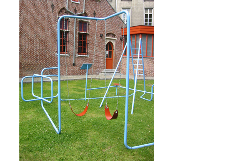 STRASCHNOW Playground 4